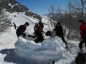 neige-queyras-16igloo
