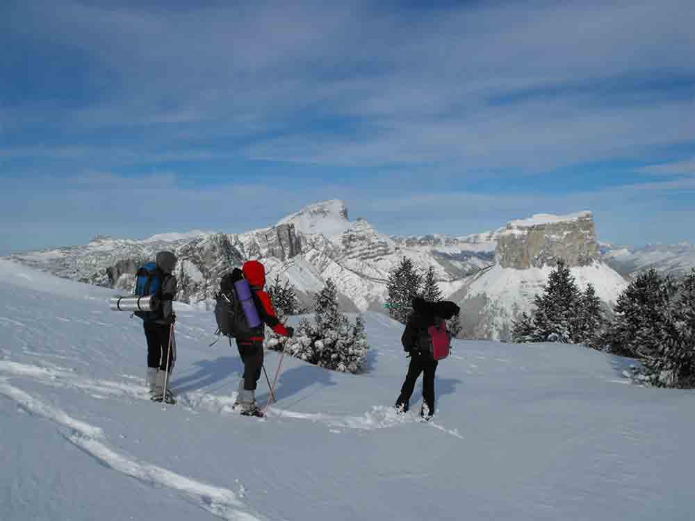 Un s jour randonn e en montagne avec d tours en montagne - Vacances en montagne locati architectes ...