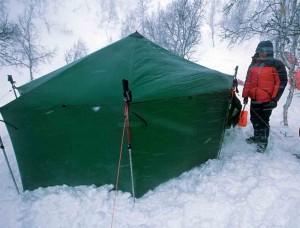 Tente pour bivouac raquettes