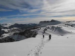 raquettes à neige avec Détours en montagne, crête chevalière, Vercors