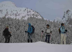Trekking France en raquettes avec Détours en Montagne