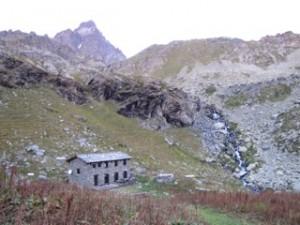 Le refuge Alpetto autour Du Mont-Viso